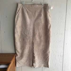 Dresses & Skirts - Suede skirt